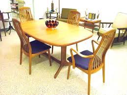 danish modern dining room chairs hostinginter danish modern dining table and chairs mid century modern round