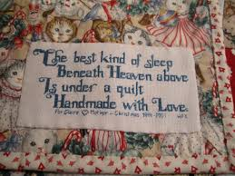 Christmas Quilts   Quilt labels, Embroidery and Cross stitch & Christmas Quilts Adamdwight.com