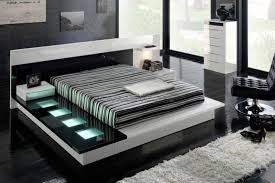 Modern Black And White Bedroom Chic Black And White Bedroom Design Idea With Striped Lookchic