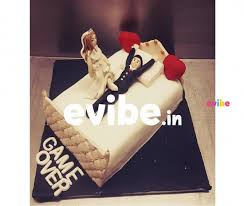 Order Exclusive Pre Wedding Cake Online Birthday Cake In Hyderabad