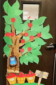 apple tree clroom decoration decorate the clroom door or wall with a fun diy apple tree great for a farm unit study or back to decoration
