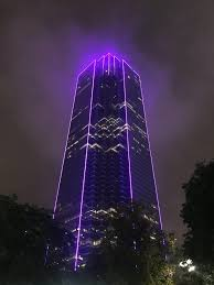 Downtown Dallas Purple Lights Downtown Dallas In 2020 Modern City Neon Photography