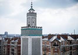 https://i.la-croix.com/350x250/smart/2021/04/19/1201151666/finance-islamique-systeme-fonde-principes-droit-musulman-image-dillustration_0.jpg