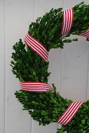 Ribbon Wrapped Wreath. DSC_0538