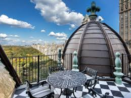 Tommy Hilfiger chops price of Plaza penthouse - Business Insider