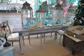Cottage Style Kitchen Tables Distressed Kitchen Table I Could Do This With My Round Table