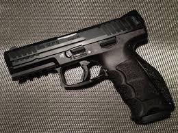 Hk Vp9 Laser Light Which Gun Is Better The Glock 19 Or The Heckler Koch Vp9