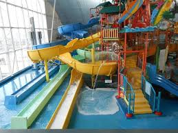 kids tree houses with slides. Fallsview Indoor Waterpark: Intermediate Slides Off Of The Tree House Kids Houses With