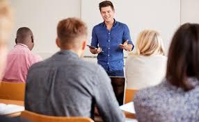 Cómo te puede ayudar un orientador laboral en la búsqueda de empleo?