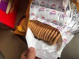 """Bắt lô bánh kẹo hết """"date"""" đang được thay bao bì, gia hạn sử dụng"""