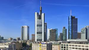 Commerzbank plans to slash its workforce by 10,000 and close 340 branches by 2024 as part of a strategic overhaul. High Rise Commerzbank Arup