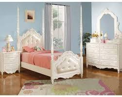 White Furniture Bedroom Acme Furniture Bedroom Set In Pearl White Ac11000tset