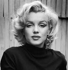 Marilyn Monroe Hairstyle Related Image Cards Pinterest Marilyn Monroe Search And Black