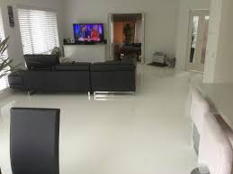 pure white high gloss floor in living room
