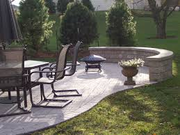 Seating Wall Blocks Roundetaining Wall Block Calculator Fire Pit With Blocks Inside