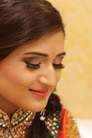 best professional makeup artists in west delhi bridal makeup artist in gurgaon noida faridabad ghaziabad south delhi west delhi we offer a range of