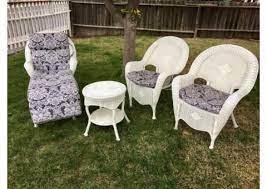 7 piece white wicker patio set for
