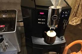 E always empty the coffee grounds container when the machine is switched on. Best Jura Coffee Machine Reviews And Buying Tips