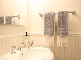 towel bar with towel. DIY Towel Bar With