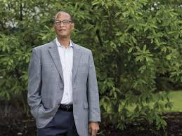 Dwight Smith uses CEO position to advance good