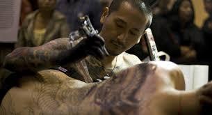 Umělec Z Londýna Pokryl 90 Svého Těla Tetováním A Nechce Se