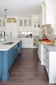 sherwin williams antique white sw6119 off white cream white kitchen cabinet paint color sherwin
