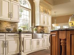 Small Picture kitchen cabinets Stunning Kitchen Decorating Ideas On A