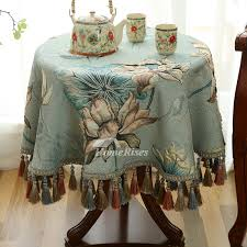 pictures show vintage 70 inch round tablecloth