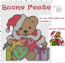 schema punto croce orsetto con regali natale e scritta buone feste - schemi punto  croce gratis facili unici alfabeti bambini