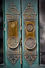 Old World Charm   Vintage Door Knobs