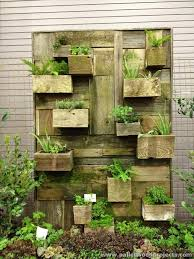 outdoor vertical herb garden pallet wood recycling projects