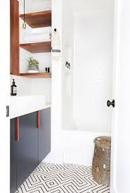 Home Tour A Hip Couple's Fresh California Bungalow Bathroom Magnificent Bathroom Refresh Minimalist