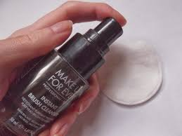 an image of make up forever instant brush cleanser