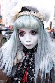 shironuri minori in harajuku w blue red eye makeup lace vine items