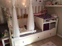 Beim babybett ist eine matratze dabei, beim wickeltisch eine wickelauflage. Babybett Wickeltisch Wickeltisch Babybett Ikea Babybett