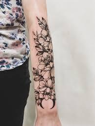 цветы с кристаллом татуировка на руке Ellen Autumn Tattoos