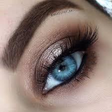 neutral shimmery eye makeup for blue eyes