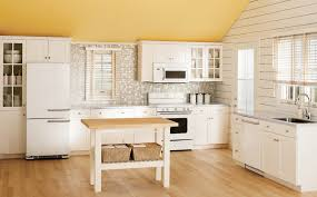 Old Fashioned Kitchen Design Retro Kitchen Design Pictures Cool Black White Carpet Floors Red