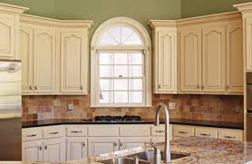 image of best chalk paint for kitchen cabinets