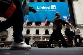 Ask The Headhunter Are Linkedin And Hr Technology Suppressing