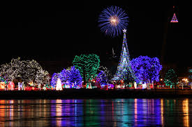 Holiday Lights In Milwaukee Area These 7 Wisconsin Cities Are Home To Dazzling Holiday Light