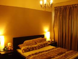 Simple Romantic Bedroom Bedroom Decorating Ideas For Couples Puri Kahuripan