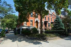 listing of the day carroll gardens duplex with two outdoor spaces asks 6 900 a month