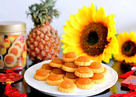 chinese new year goodies calories chart 10 best tasting pineapple tarts you should try in singapore