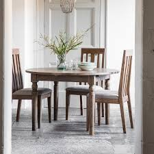 gallery direct cookham oak dining table 120cm extending round