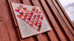 The first day is rose day which comes on february 07, where lovers give rose to each other. Slice Of Pi Quilts Happy Valentine S Day