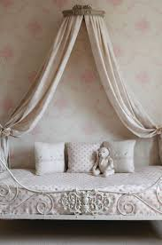 Canopy Bed Crown Molding 40 Best Daydream Images On Pinterest Bedrooms 3 4 Beds And Home