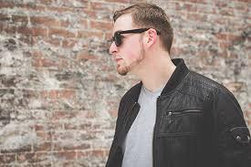 Devon Mezinger // Dustin Gregory on Behance