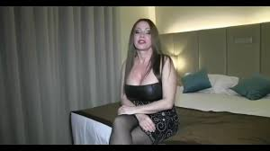 Gorgeous milf Jewels Jade does an amazing anal Upornia