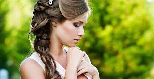 結婚式お呼ばれゲスト髪型自分で簡単ゆる巻きヘアアレンジ